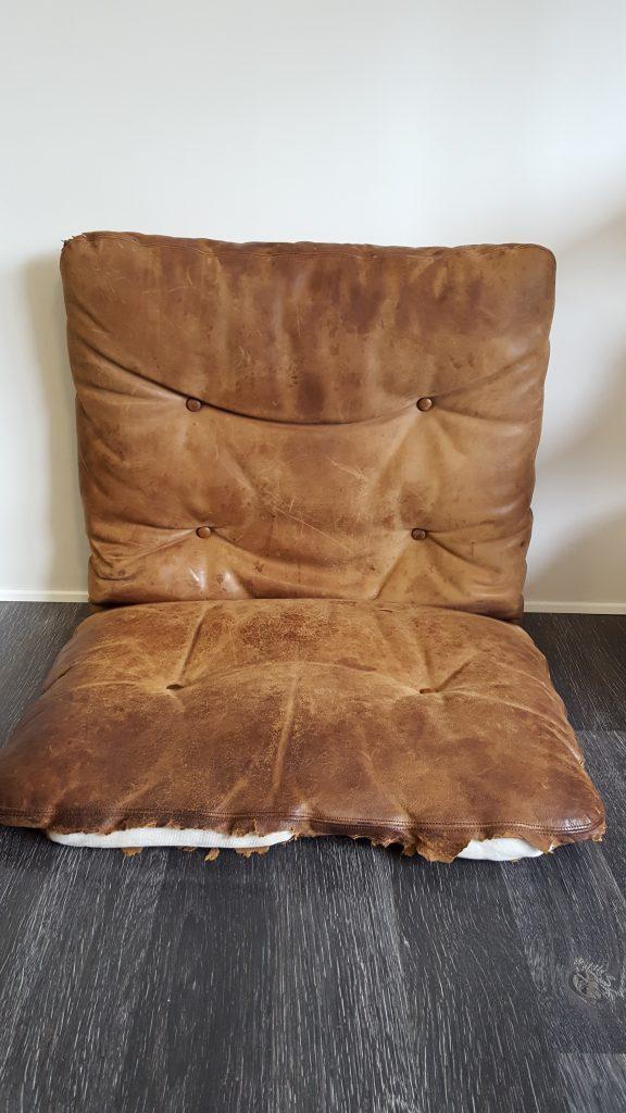 Ompolstring af designer møbler før billede.